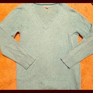 Women's Old Navy light blue speckled sweater